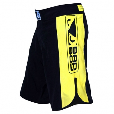 Bad Boy Strike MMA shorts zwart/geel