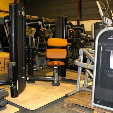 Life Fitness, ruim 150 demo- en gebruikte krachtstations en fitnessapparatuur in nieuwstaat