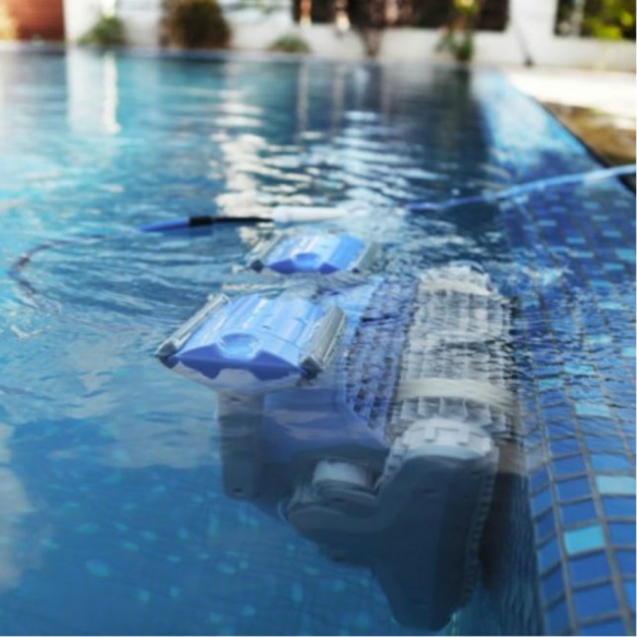 Dolphin supreme m5 swimming pool robot online find it at for Poole dolphin swimming pool prices