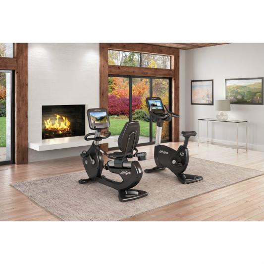 lifefitness heimtrainer upright bike platinum club series discover se wifi pcsce pcsce. Black Bedroom Furniture Sets. Home Design Ideas