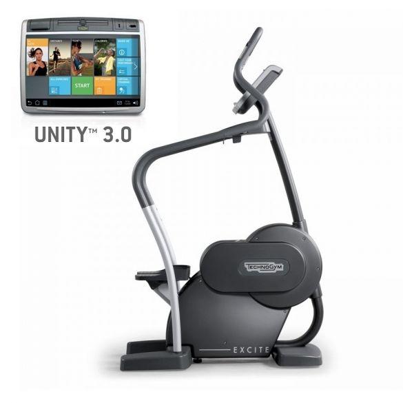 TechnoGym stepper Excite+ Step 700 Unity 3.0 zwart gebruikt  BBTGEST700U3ZW
