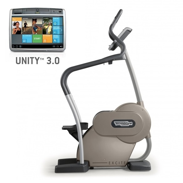 TechnoGym stepper Excite+ Step 700 Unity 3.0 zilver gebruikt  BBTGEST700U3ZI