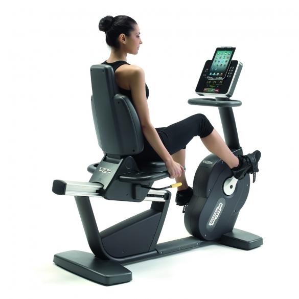 Technogym ligfiets recline forma kopen bestel bij for Gimnasio gym forma